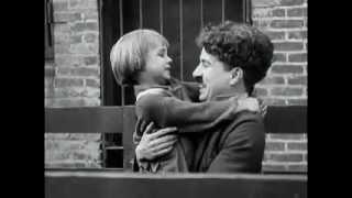 Charlie Chaplin - Il Monello (1921) - Il monello sottratto a Charlot