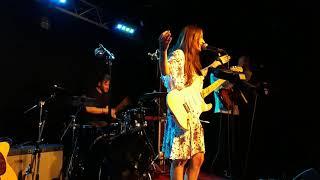 """Nina Attal """"You're No Good"""" Live Paris 2021"""