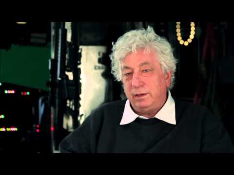 Avi Lerner 'The Expendables 2' Interview! [HD]