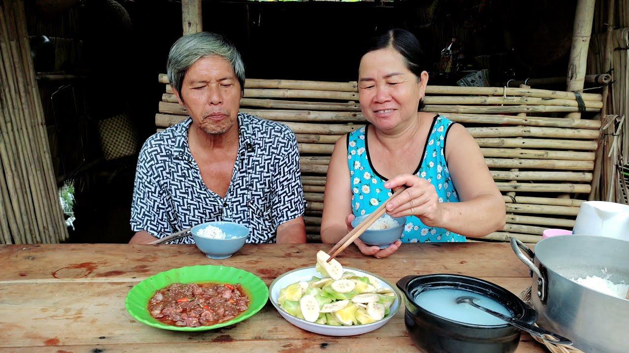Mắm Ruốc Xào Thịt Ba Rọi Bữa Ăn Ngon Ngày Giãn Cách Thứ 6 | CNTV #6