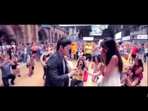 Oliver & Monica's Surprise Flashmob Proposal - Mar