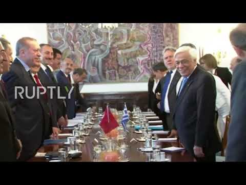 Greece: Erdogan calls for treaty change on first Turkish visit to Greece in 65 years