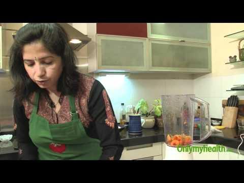 Iron Rich Smoothie - Healthy Breakfast Recipe - Onlymyhealth.com