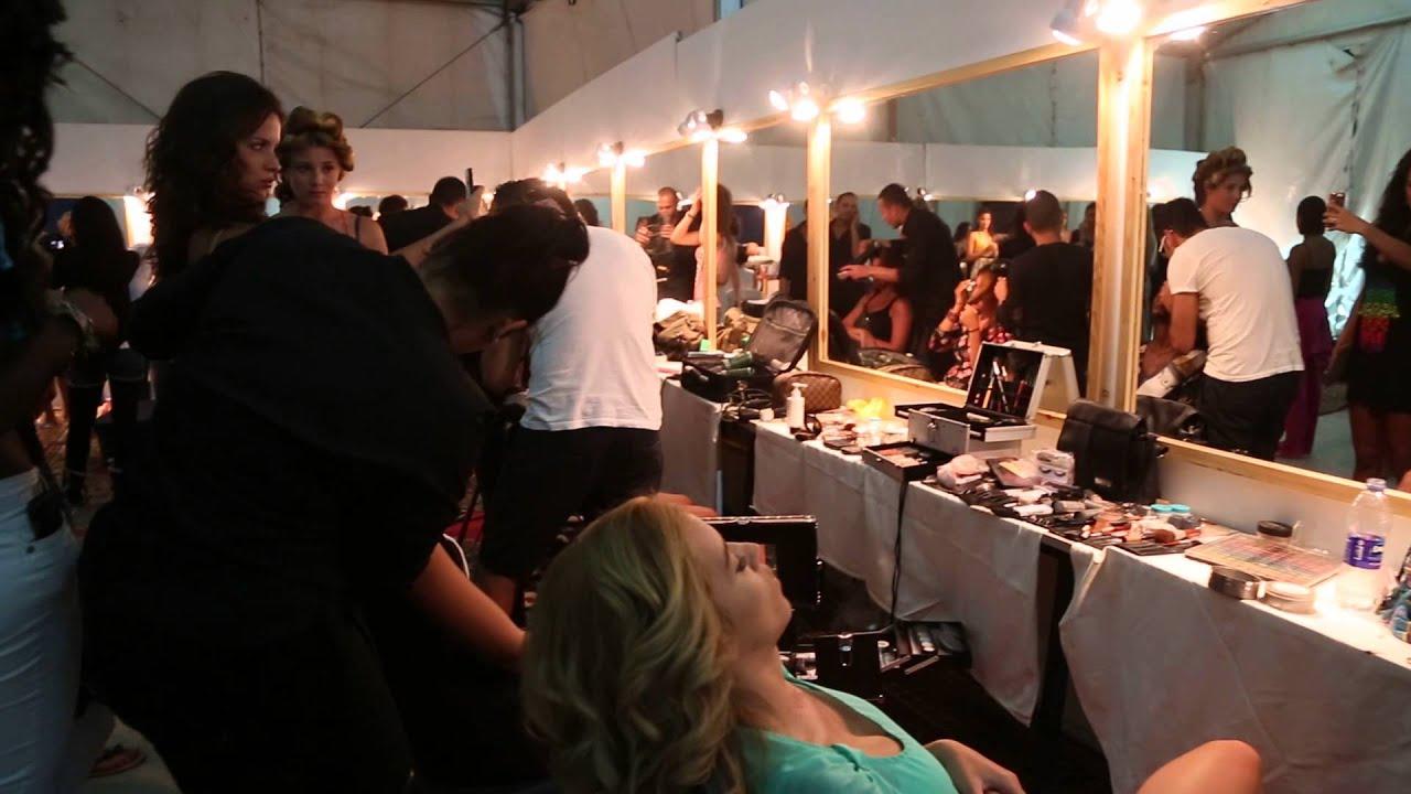 Beautiful Modele De Dressing Room Gallery - Transformatorio.us ...
