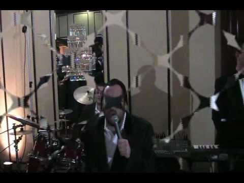 Lipa With Shloime Dachs At Manhattan Beach Jewish Center Part 1 (Freilach).mp4