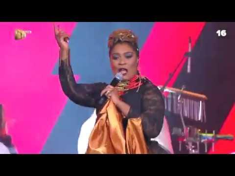 Lady Zamar And Zodwa Wabantu Opened The #DStvMVCA With A BANG!