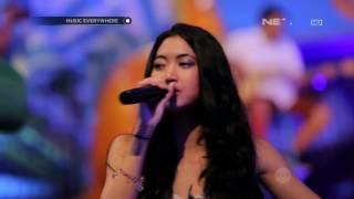Vierratale - Dengarkan Curhatku (Live at Music Everywhere) **