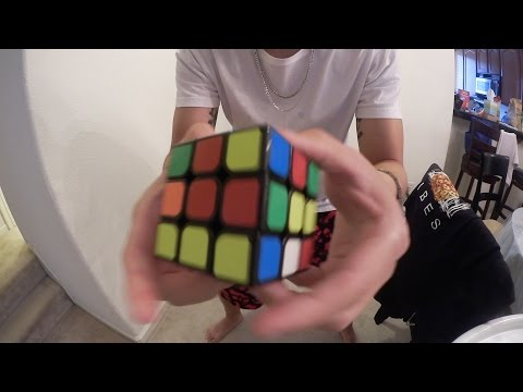 HOW TO SOLVE A RUBIKS CUBE IN LESS THAN 30 SECONDS!!!