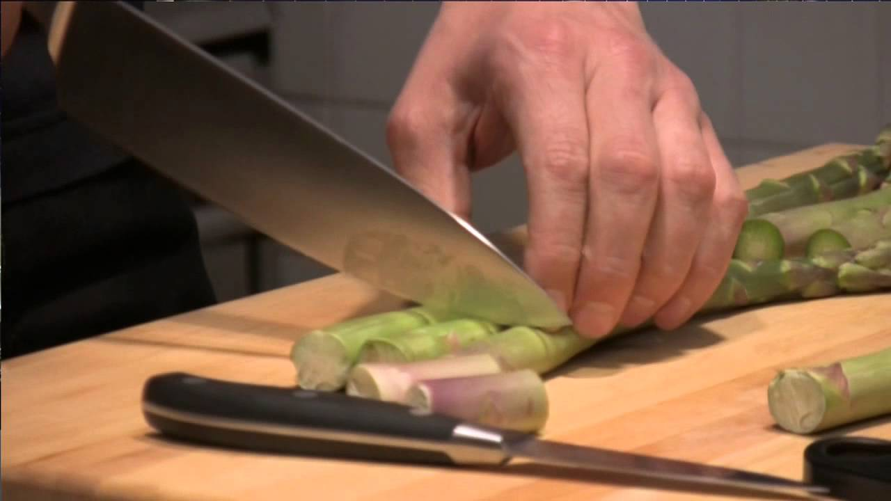 victorinox prepping asparagus with a paring knife youtube victorinox prepping asparagus with a paring knife