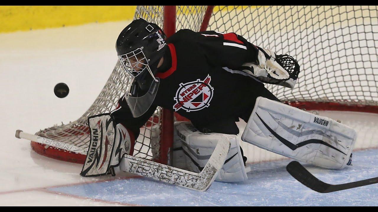 A Few Good Saves V 10 Year Old Hockey Goalie Youtube