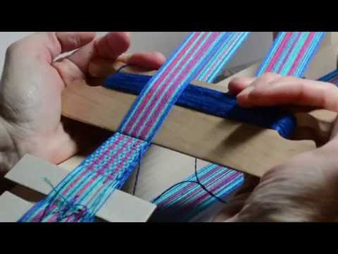 Weave a floral band on an inkle loom, part 3
