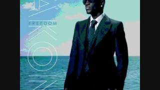 Download lagu Akon - Falling in Love