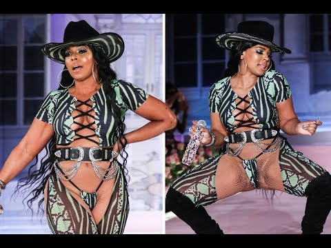 Ashanti - Why She Was Busting It Wide Open