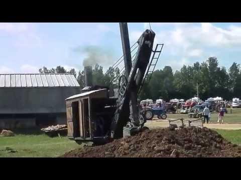 Erie steam shovel at paisley Steam show 2016