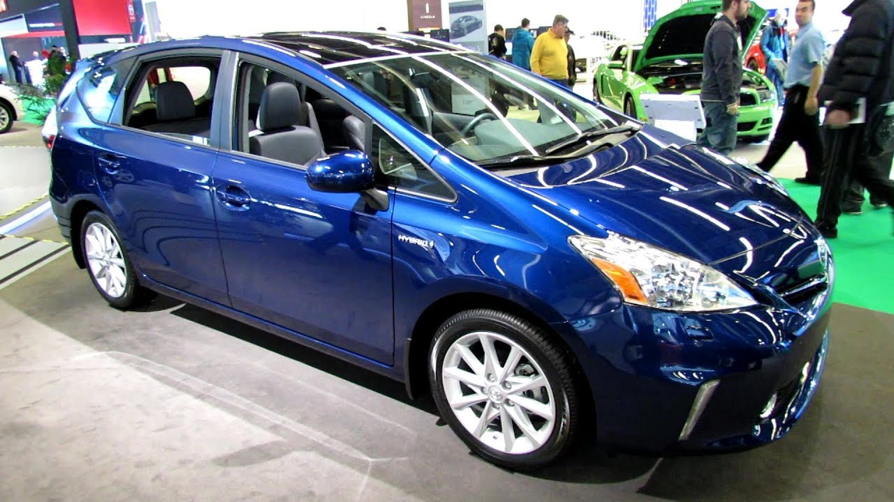 2013 toyota prius v exterior and interior walkaround 2013 montreal auto show youtube. Black Bedroom Furniture Sets. Home Design Ideas