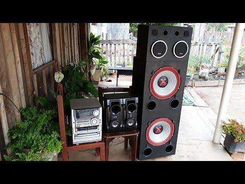 Aiwa Nsx T99 tocando do lado de fora com as caixas do Aiwa Xh n6