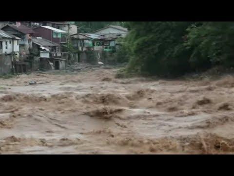 Indonesia floods (footage)