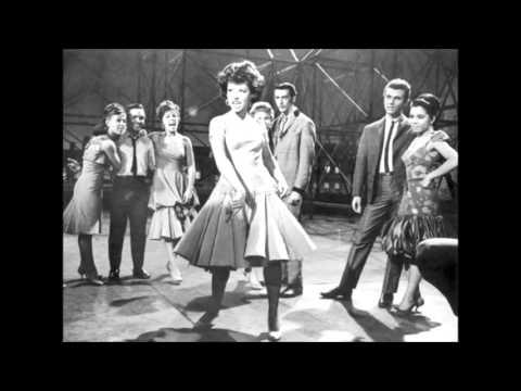 West Side Story - America (with lyrics)