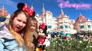 Disneyland Vacation Family Vlog at Disney - Ruby Rube and Bonnie