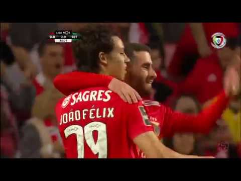 Lionel Messi vs. PSV Eindhoven (A) Champions League 28-09-2018 ᴴᴰ 720p from YouTube · Duration:  3 minutes 25 seconds