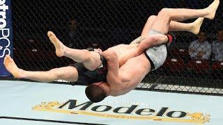 Боец UFC нокаутировал сам себя, боец UFC сломал руку, боец UFC вошел в зал славы по борьбе