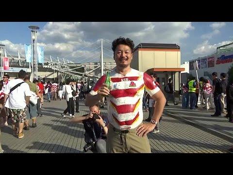 شاهد: شاب يظهر دعما من نوع خاص لدورة كأس العالم للركبي في اليابان…  - 06:53-2019 / 10 / 10