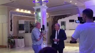 Смотреть видео Подарок на юбилей 50 лет мужчине
