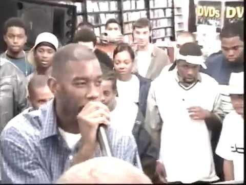 """ My Raps"" - Andre Nickatina *Live* @ Rasputins Record Store (2000)"