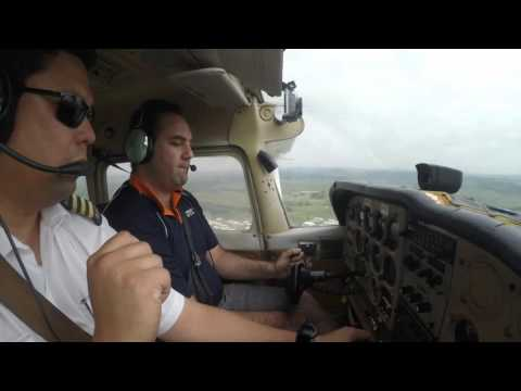 Cessna 172 NSW Australia VH - PNQ - Emergency circuits - Mai