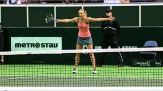 Maria Sharapova vs Petra Kvitova - 2012 Prague Exhibition (Funny Moments)