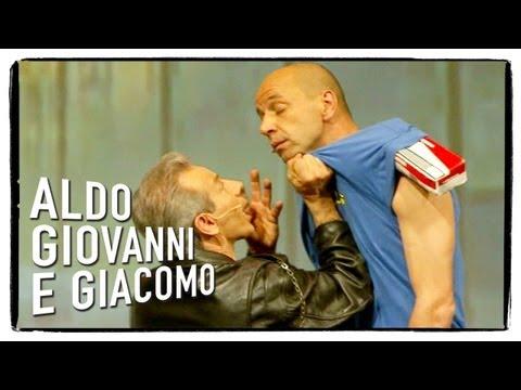 Anplagghed - Il passaggio di mano (1 di 2)   Aldo Giovanni e Giacomo