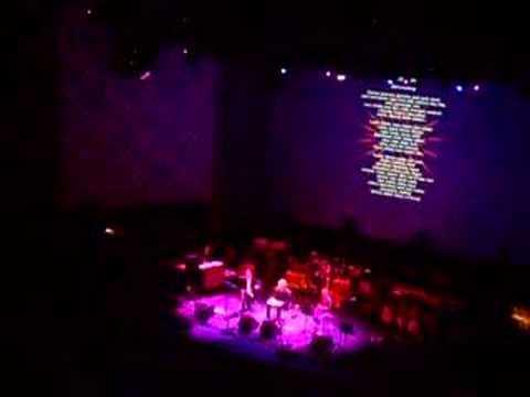 "Damon Albarn - Syd Barrett tribute (""Word Song"")"