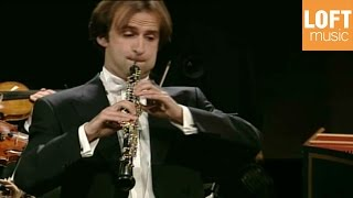 Play Concerto For Oboe, Strings & Continuo In B Flat Major, H. 466, Wq. 164