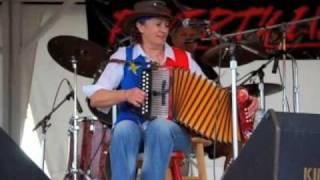 Elly Kelly's recording of St John's Waltz