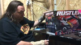 johnny law traxxas unboxing of rustler brushed electric rc car.