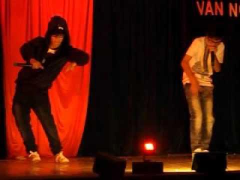 Beatbox 12A1 THPT Quang Trung, DakLak 2011-2012, 24/03/2012
