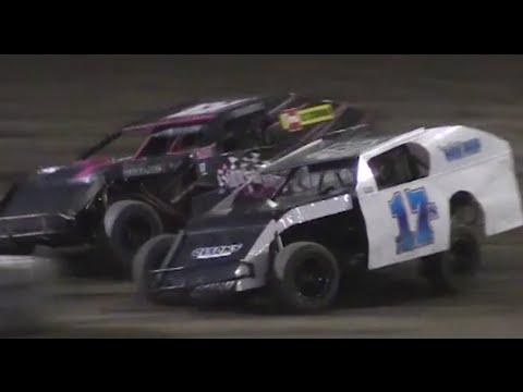 Heat Races: Bakersfield Speedway 9-17-16