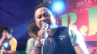 Dinding Kaca Yulia Feat Ozy Nakula New Arjuna