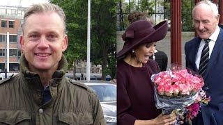 Amsterdammer geeft in 3 weken Koningin Máxima 3 x bloemen.