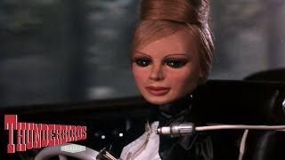 Lady Penelope Deals With Her Pursuers With Class - Thunderbirds