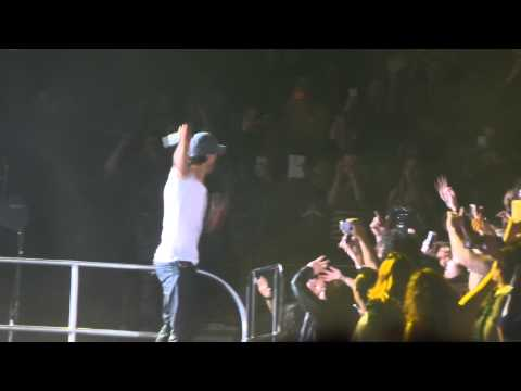 Enrique Iglesias Live At Target Center MN - I Like It