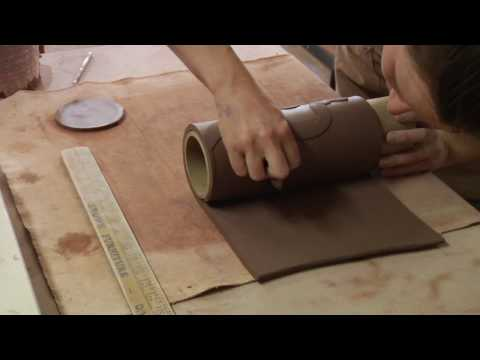 Clay Pottery Slab Building : How to Form a Round Vase