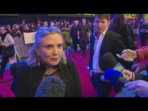 STAR WARS: THE FORCE AWAKENS: Funny! Carrie Fisher Arrives With JAMES BLUNT And Her Dog!