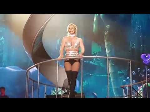 Britney Spears - Piece of me tour - Anvers 15.08.18 - Toxic + début de Stronger