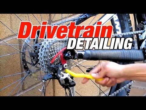 How to Wash Your Bike's Drivetrain  - Chain Derailleurs Cassette Using Pedros Chain Machine Kit 2.0