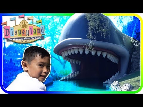 Storybook Land Canal Boats Ride Through with NEW Frozen Update Disneyland - SuperBaby Colors