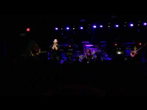 Veil of Maya - Overthrow [*New Song*] (No Sun / No Moon Tour 2017, ATL)