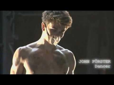 """John """"BERLINJOHN"""" Förster im Musikvideo für Moguai - Oxygen"""