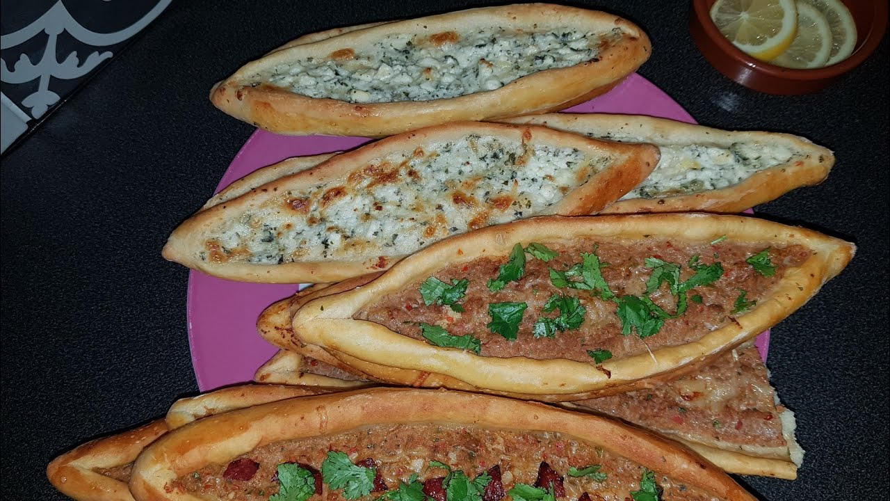 Pide Turc Turkish Pide Pizza Turques Youtube