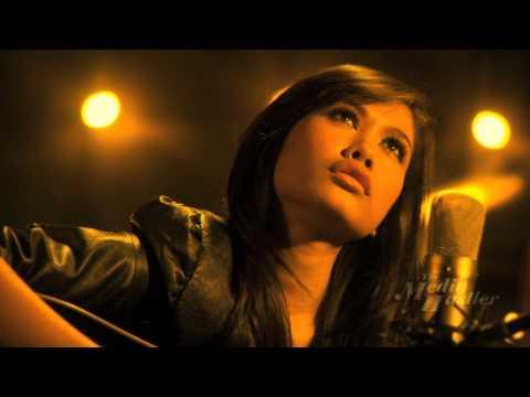 """Aku Jatuh Cinta"" Liyana Jasmay (OST Duhai Si Pari Pari) HD Music Video"